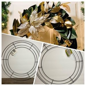 Other - Green Metal Wire Round Holiday Wreath Form